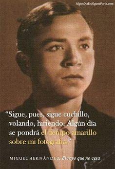 El 28 de marzo de 1942 #TalDíaComoHoy falleció el poeta y dramaturgo español Miguel Hernández, el poeta de la libetad. Adscrito a la Generación del 27, destacó por la hondura y autenticidad de sus versos, reflejo de su compromiso social y político.