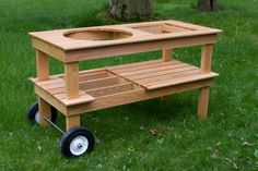 Like the larger wheels on this one. Put a good handle on the other end and woul. Like the larger wheels on this one. Put a good handle on the other end and would be super easy to move. Big Green Egg Grill, Big Green Egg Table, Green Eggs, Backyard Kitchen, Outdoor Kitchen Design, Outdoor Projects, Wood Projects, Outdoor Grill Station, Grill Cart