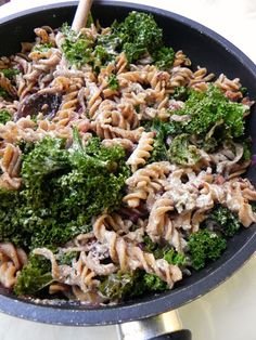 Creamy Kale Pasta - a healthy, easy and comforting meal!