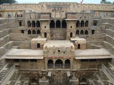 "Descubre Tu Mundo : Pozo profundo ""Chand Baori"" en Abhaneri, una interesante construcción India"