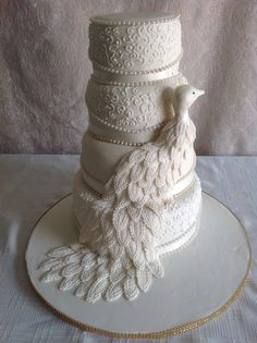 Peacock inspired - Romantic peacock wedding cake www.exclusivecakes.net