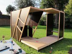 Une installation éphémère, un espace, modulaire et mobile, de rencontre et d'expression pour les jeunes d'Overpelt.