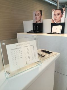 Lash menu & touch me plates at Lash bar Copenhagen