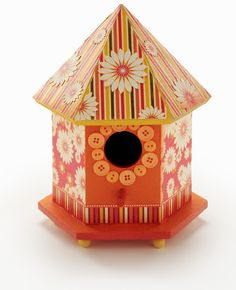 Make this Fall Birdhouse the centerpiece for your Fall Party Table!