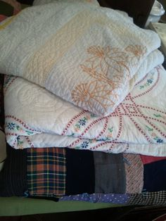 vintage quilts - love!
