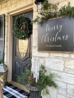 Christmas Home Tour And Inspiration Christmas Home Tour And Inspiration, Christmas decor, christmas ideas, christmas mantel, christmas decorating ideas hipandhumblestyle Christmasdecor christmasdecoratingideas Christmas Mantels, Diy Christmas Tree, Outdoor Christmas, Rustic Christmas, Christmas Holidays, Christmas Decorations, Christmas Front Doors, Xmas, Holiday Fun