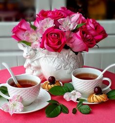 Good Morning Coffee, Good Morning Gif, Good Morning Greetings, Morning Dua, Morning Images, Morning Quotes, Amazing Flowers, Beautiful Roses, Breakfast Pictures