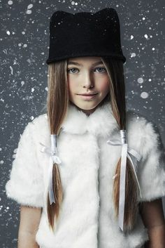 To escape the summer heat, Quinoa dons a chic winter outfit and turns on the industrial snow machine. #MIWDTD