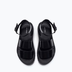 ZARA - COLLECTION SS15 - ANKLE-STRAP TRACK-SOLED FLAT SANDALS