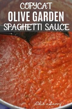 If you love Olive Garden, you might want to check out this Copycat Olive Garden Spaghetti Sauce Recipe! It's easy to make with minimal ingredients. You can create a delicious dish from the comfort of your home! Olive Garden Spaghetti Sauce Recipe, Best Homemade Spaghetti Sauce, Homemade Sauce, Spaghetti Recipes, Pasta Recipes, Italian Spaghetti Sauce, Best Canned Spaghetti Sauce Recipe, Spaghetti Sauce Seasoning Recipe, Olive Garden Marinara Sauce Recipe