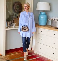 Mix and Match, Fashion meets Interior Fashion Over 40, 50 Fashion, Look Fashion, Fashion Outfits, Fashion Trends, Fashion Jewelry, Instagram Outfits, Clothes For Women Over 40, Mix And Match Fashion