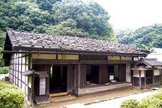 Sukiya Style Architecture - Japanese Garden Journal love the simple interiors