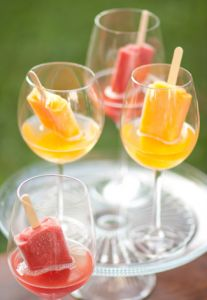 Popsicles in Champagne | 40 alternative wedding cake ideas | Estate Weddings and Events