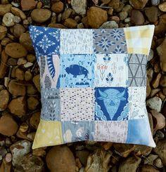 Beautiful pillow from Fabric Mutt: Roam Blog Hop