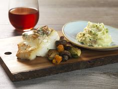CHILEAN SEA BASS @ Salt Creek Grille   Pan-Seared, Shallot-Crusted, Lemon Beurre Blanc Yukon Gold Mashed Potatoes  Farmer's Seasonal Vegetables