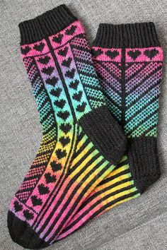 Awesome Socks, Cool Socks, Knit Socks, Knitting Socks, Patterns, Inspiration, Fashion, Block Prints, Biblical Inspiration