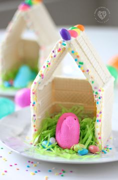 Peeps Houses - a fun Easter craft for kids! #PeepsHouses #Peeps #EasterCraft