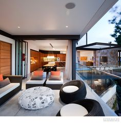 Consider yourself a multimillionaire: would you build such a home like the River House? Before you answer, let me tell you some of the amazing features of
