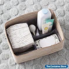 Sometimes, getting started is the hardest part of getting organized. That's why we created Starter Kits. For our Hampton Bin with Organizers Closet kit, we've pulled together essentials to make it easy to get practically any closet in order. Our Hampton Bin with Organizers Closet Kit includes: (1) Large Hampton Woven Storage Bin, (1) Medium Plastic Storage Bin w/ Handles and (2) X-Small Plastic Storage Bin w/ Handles.