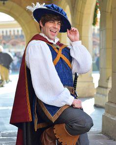 . Face Characters, Disney Parks, Snow White, Dresses, Fashion, Vestidos, Moda, Fashion Styles, Snow White Pictures