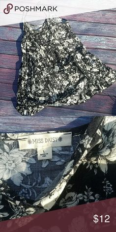 Black Off White Floral Mini Dress Spaghetti Straps Super cute and soft dress for summer!  Don't hesitate to ask any questions or make an offer! Miss Daisy Dresses Mini