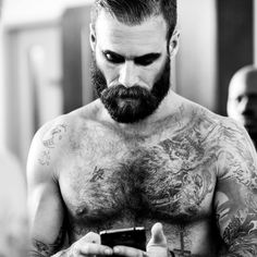Auténtico #look canalla... #beard & #tatoos