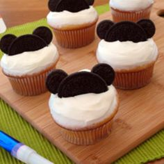 Inspiration for M's Minnie mouse cupcakes, just add pink icing and some white chocolate chips for Minnie's infamous polka-dots, perhaps figure out how to make little bow's too! Easy Peasy!