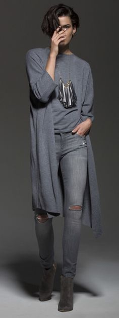 You can beautifully balance its loose fit with tight pants and ankle boots. Fashion perfection. #cashmere #cardigan