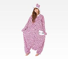 I'm no fan of adults in onesies, buuuut I'd risk looking like a fool to wear this around the house. ^____^