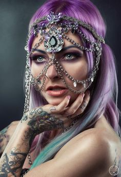 Model: Sarah Mudle Photograph by: Gavin Creative Photography Head chain by: Black Filigree Couture