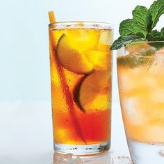 Five Classic Coastal Cocktails - Dark 'n' Stormy (Photo: Hector Sanchez) | Coastalliving.com
