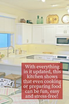 If you or someone you know loves to prepare food, this kitchen is just the one you're looking for!