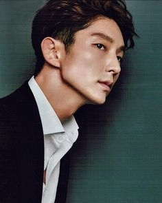 Lee Joon Gi - geez that jawline can cut thru glass Asian Celebrities, Asian Actors, Korean Actors, Celebs, Lee Joon Gi Abs, Lee Jong Ki, Kdrama, Jun Matsumoto, Hong Ki