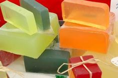 helpful hints on melt and pour soap I was looking at how to mix oxide colour into them