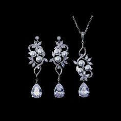 Belle Bridal Jewellery l headpieces, jewelry, accessories shipping worldwide Wedding Jewelry Sets, Bridal Jewellery, Wedding Earrings, Bridal Accessories, Jewelry Accessories, Belle Bridal, Crystal Wedding, Bridesmaid Jewelry, Headpieces