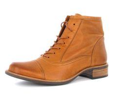 Edle Ankle Boots von Paul Green aus hellbraunem Glattleder (Foulard) und feinen Ziernähten. #Boots #Schuhe