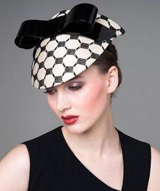 Fashion hat Cream Silk Visor with Patent Bow