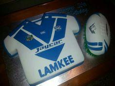#Bulldogs #NRL  jersey & football cake.