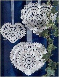 crochet heart patterns Plus Filet Crochet, Beau Crochet, Crochet Motifs, Crochet Home, Thread Crochet, Knit Or Crochet, Irish Crochet, Crochet Crafts, Crochet Doilies