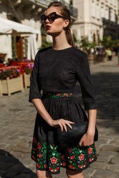 Сукня HRW-DR05 - купити вишиті сукні в магазині
