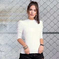 ¡WOW! estas blusas con volumen en las mangas están espectaculares y muy a la moda. 🖤🔥