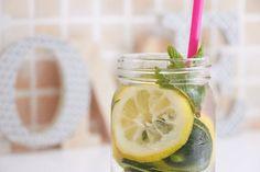 detox water lemon cucumber mint