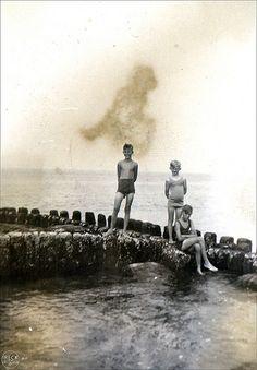 Vintage Boys, Strand, Little Boys, Penguins, Places To Visit, Concert, Water, Animals, Vintage Photos