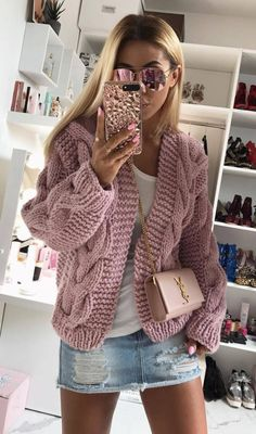 how to wear a knit cardi : crossbody bag denim skirt top Cardigan Sweaters For Women, Sweater Outfits, Cardigans For Women, Knit Cardigan, Fall Outfits, Rome Fashion, Knit Fashion, Fashion Male, Slow Fashion