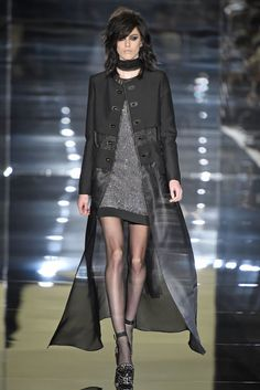 My favorite look from Tom Ford SS15 hands DOWN !   For The Office B*tch! Absolutely live for this fashion forward professional look !   #fashion #tomford #runway #lfw #style #edge #trends #womens #rtw #nicpick #nicapproved #rihanna #jayz #beyonce #sexy #classy #bossy