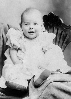 ernest hemingway. This confirms that his mother liked to dress him up in girls clothes. Boys were frequently dressed this way back then. Nothing sissy about it, not when they're babies.