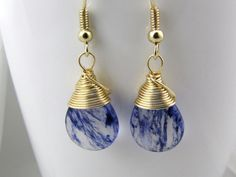 Hey, I found this really awesome Etsy listing at https://www.etsy.com/listing/257835773/blue-earrings-blueberry-quartz-colored