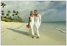 Are you planning a stress-free #destinationwedding? Think about gathering your crew in a place like #PuntaCana, where the Atlantic meets the Caribbean, the land of rest and relaxatio