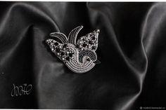 Брошь Bird – купить или заказать в интернет-магазине на Ярмарке Мастеров   Брошь Bird<br /> Яркая и сияющая брошка. Станет…