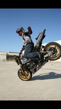 e223caf3be Man i love stunt bikes!